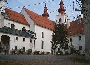 Cerkev slikapom1